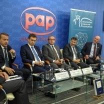 Echa Debaty w Polskiej Agencji Prasowej