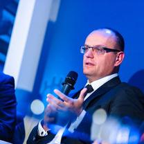 Prof. Adam Mariański w panelu podczas Forum Firm Rodzinnych Forbesa