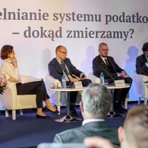Prawo.pl: Złoty środek między fiskusem a podatnikami najważniejszy
